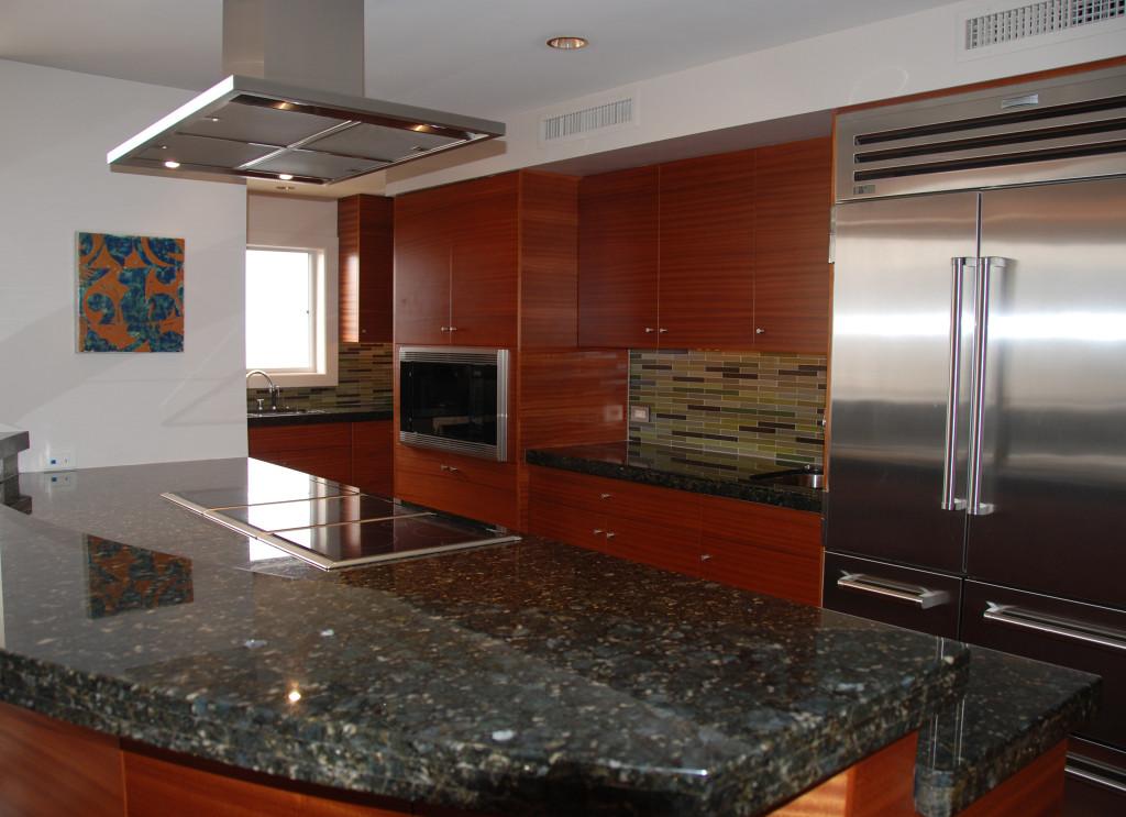 kalakaua avenue c kitchen-2048