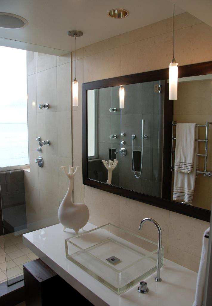 kalakaua avenue d master bath-tall-2048